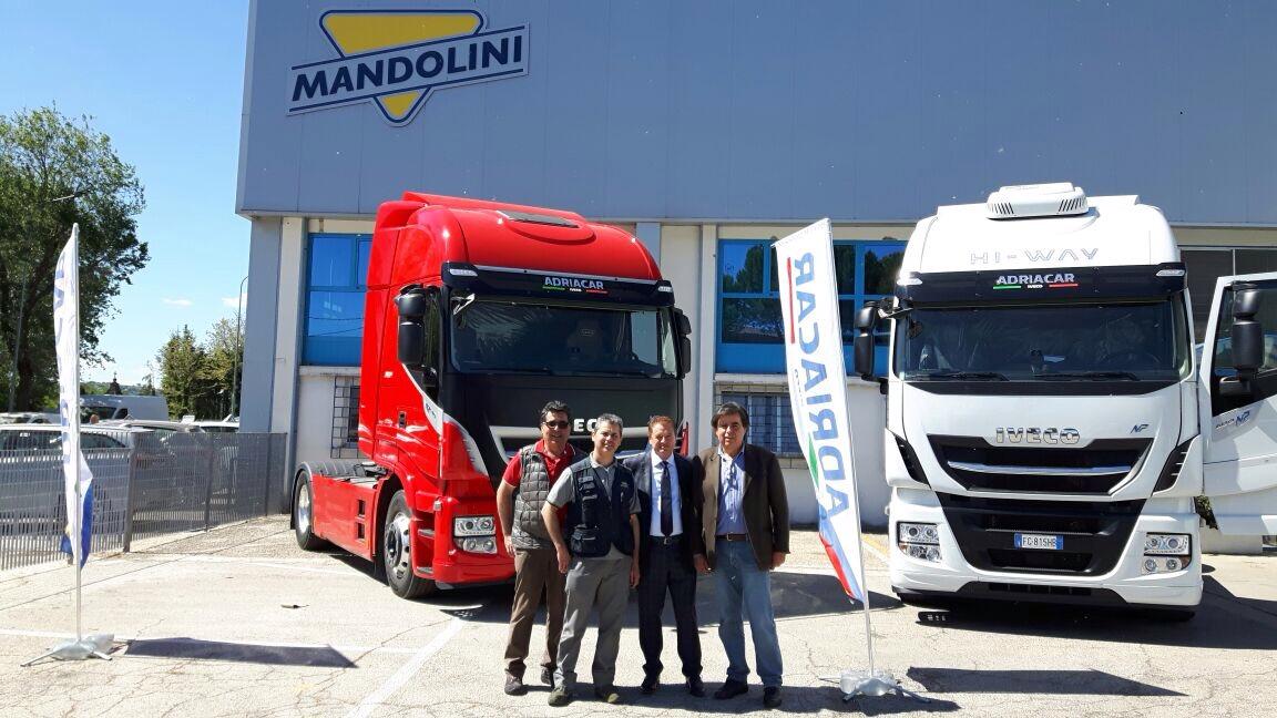 Per officine mandolini arriva la nomina ufficiale di iveco for 2 officine di garage per auto